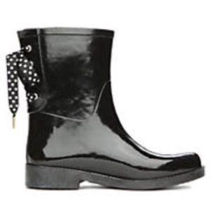 Shoes - Polka dot lace up rain boots